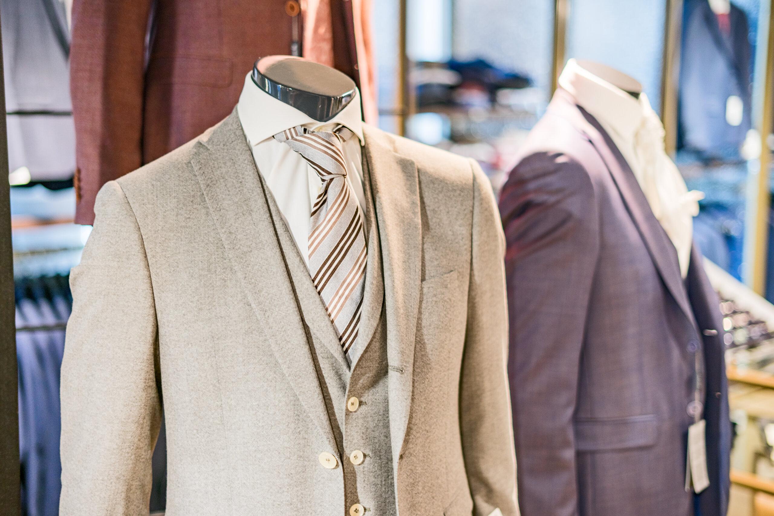 Kostuums bij Dirk de Wit Mode